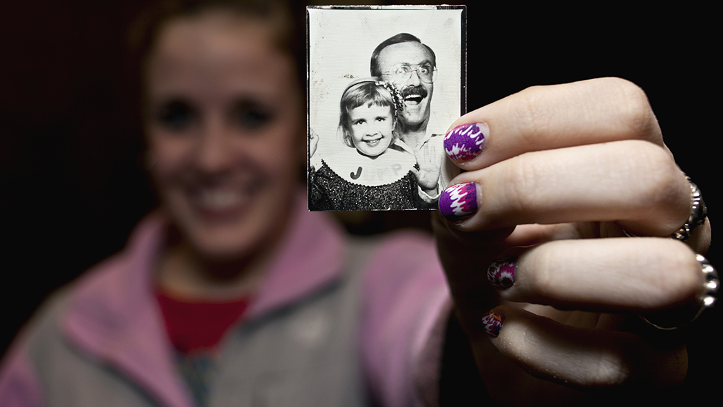 Leslie Connor shows a photo of herself as a child with father, Chuck Connor.