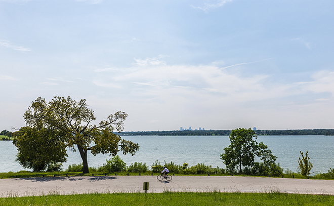 Cyclist on White Rock Lake. Photography by Danny Fulgencio